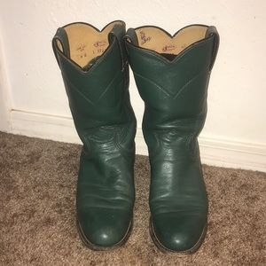 Vintage green pair of Justin cowboy boots
